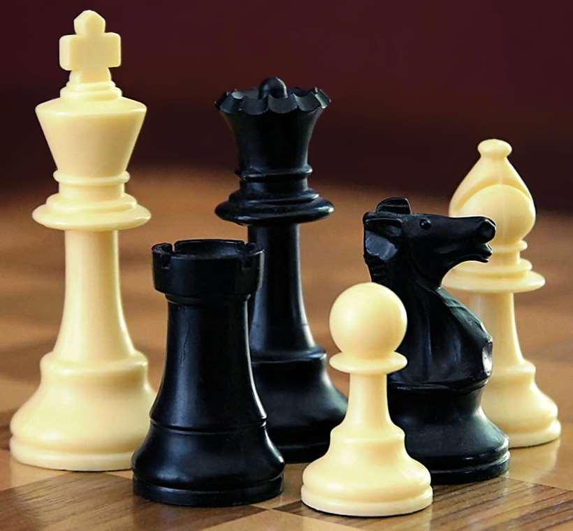 دنیا از نگاه داده: مهرههای شطرنج من و … مردم ایران